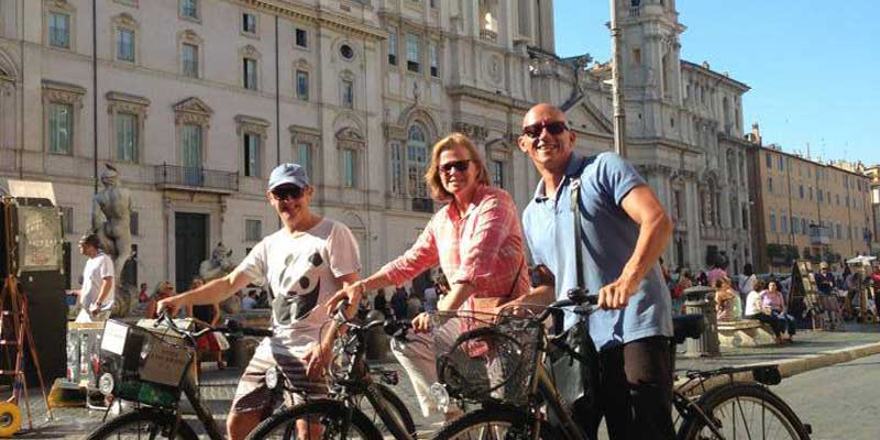 Francesco biking in Piazza Navona