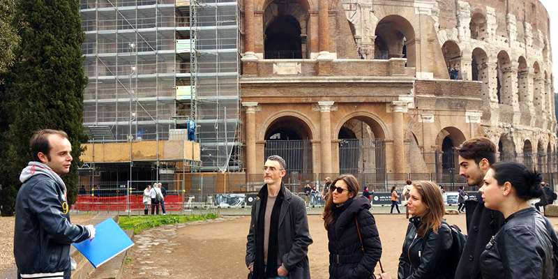 Touring outside the Colosseum (under construction!)